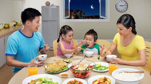 dinh dưỡng đầy đủ để nâng cao trí tuệ trẻ